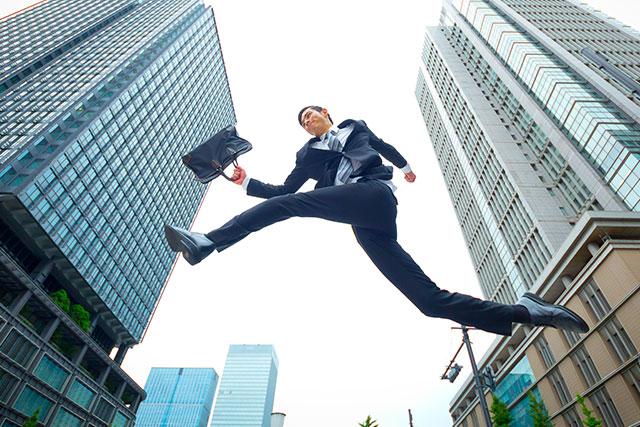 一歩踏み出した大卒ニートの3割は就職して正社員になっている